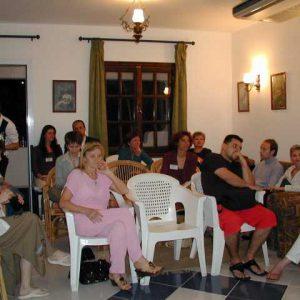 Nekolicina okupljenih izdavača