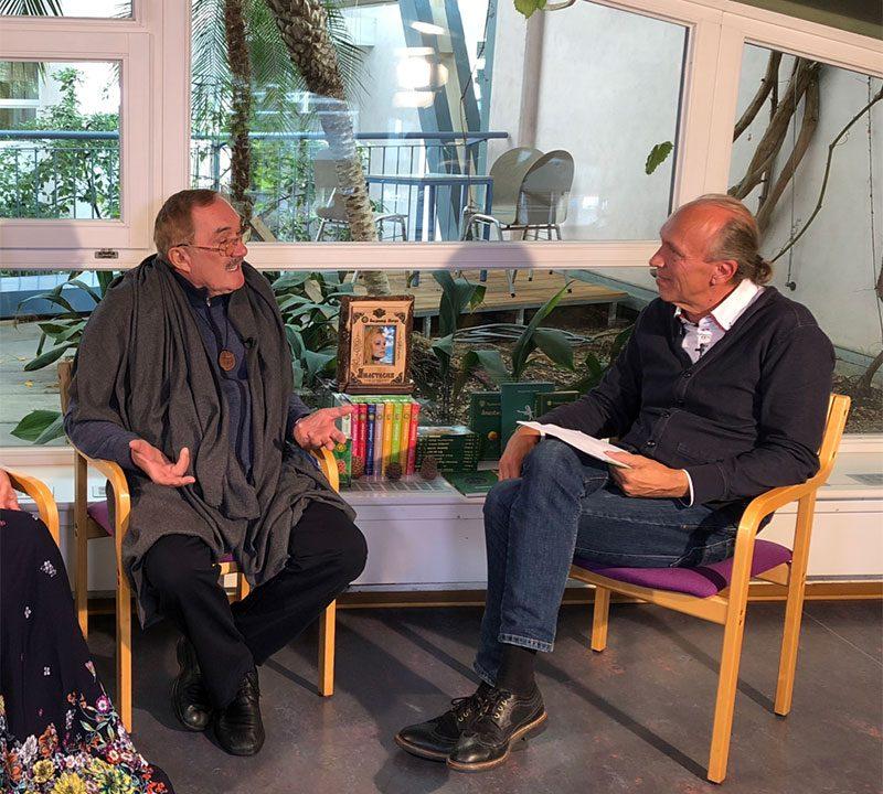 Intervju Vladimira Megrea nezavisnoj švicarskoj televiziji Time to do na Frankfurtskome sajmu knjiga u listopadu 2018.